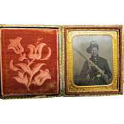 Civil War Image 1/6th Plate Armed Union Soldier