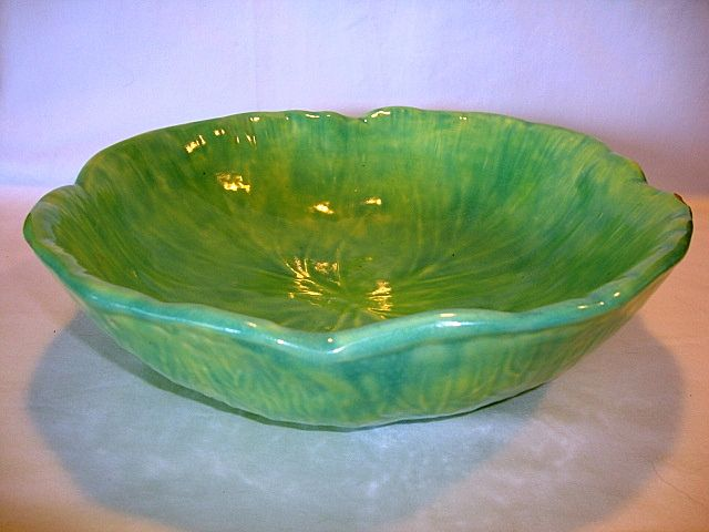 "BIG & BEAUTIFUL 12"" Wide Majolica Cabbage Leaf Bowl"