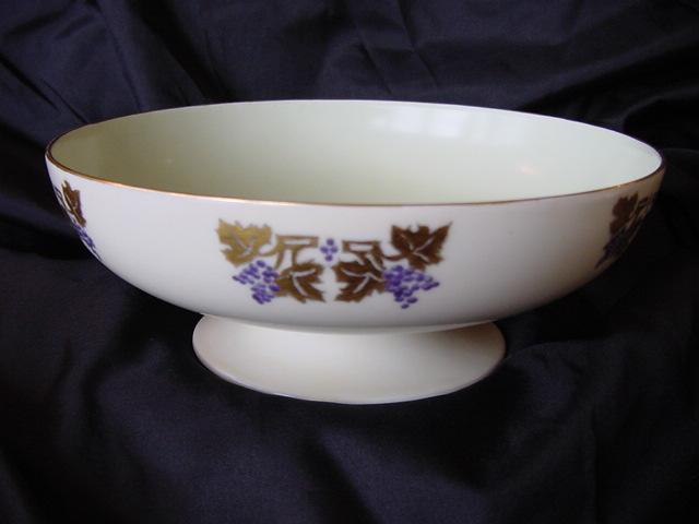 50% OFF! Limoges Porcelain Compote / Bowl on Pedestal, Hand Painted by Laura Knappe with an Art Nouveau Design of Grapes and Gold Leaves – Haviland 1893-1930