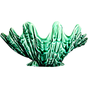 Unique Green Shell Shaped English Majolica Dish ~ Wedgwood Barlaston England 1940-1950's