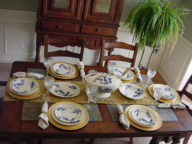 "COPELAND Flow Blue 16-PIECE'S !!! - ""Ashburne"" Pattern ca.1850-1867"