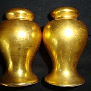 Nice Nippon All over Gold ( AOG ) Salt & Pepper Shakers ~ Noritake Nippon 1890-1921