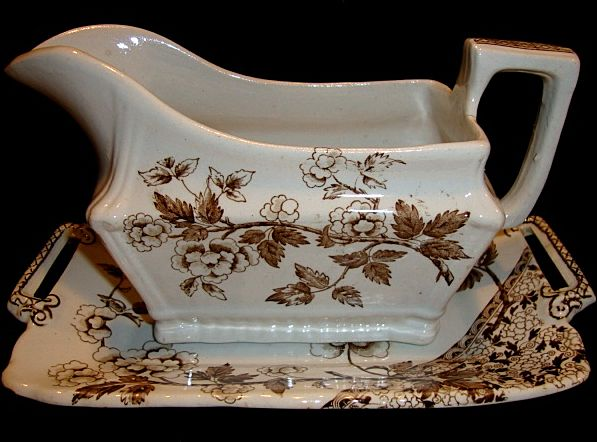 Great Old English Gravy Boat & Under Plate ~ Earthenware Brown Aesthetic / Japonesque Transfer ~ Albert Pattern ~ Wileman Foley Potteries ~ Staffordshire England 1869-1892