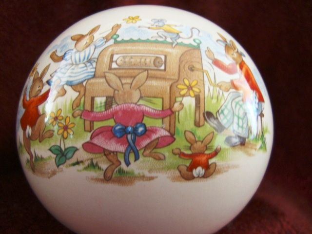 Royal Doulton China ~ Bunnykins Globe Bank ~ Bunny Family Playing Piano ~ Royal Doulton England copyright 1936