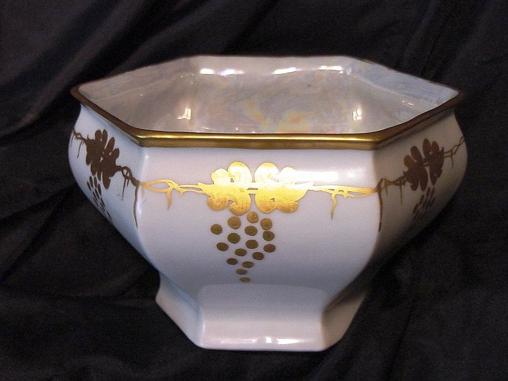 Royal Austria Porcelain – White Dish / Bowl / Vase with Gold Grape Art Nouveau Design ~ O&EG – Artist Signed - Oscar & Edger Gutherz 1899-1913