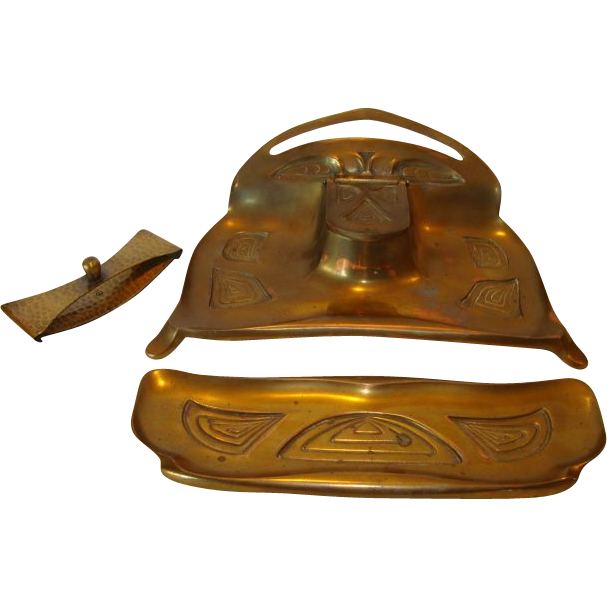 Bradley and Hubbard  #3183 Brass Art Nouveau or Art Deco inkwell With Pen Holder # 3185 and Blotter 1900-1940