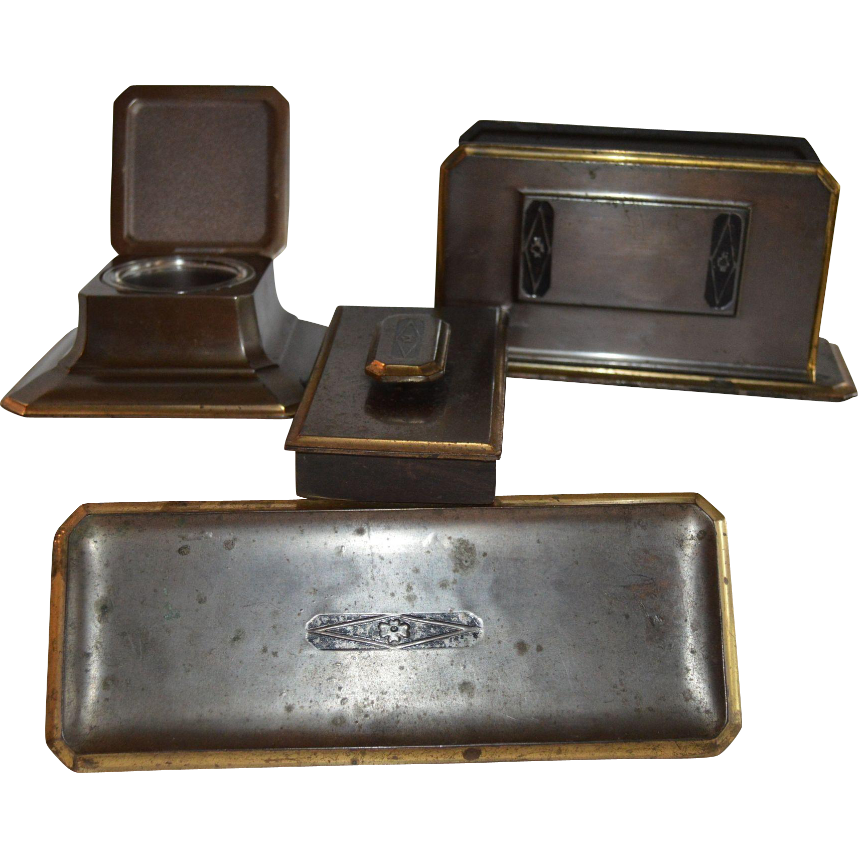 Gorgeous 5 Piece Bronze Desk Set ~  Art Deco ~  Inkwell, Letter Holder, Pen Rest & Blotter  ~ Bradley and Hubbard Meriden CN 1900-1940