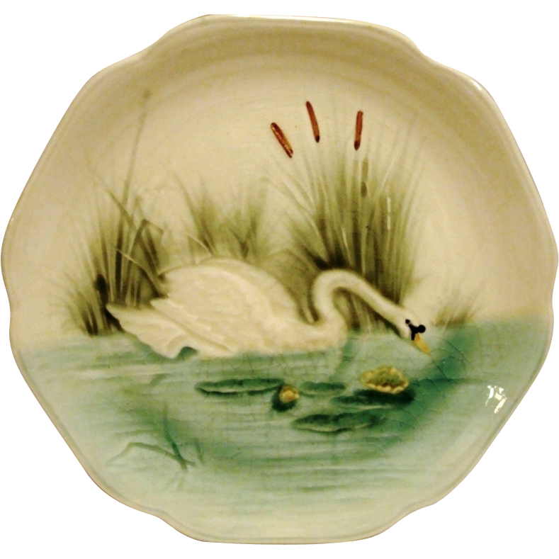 Majolica /Faience Pottery Cabinet Plate ~ Hard to Find ~ Decorated with Elegant Swan ~ H Boulenger & CO France ~ 1860-1910