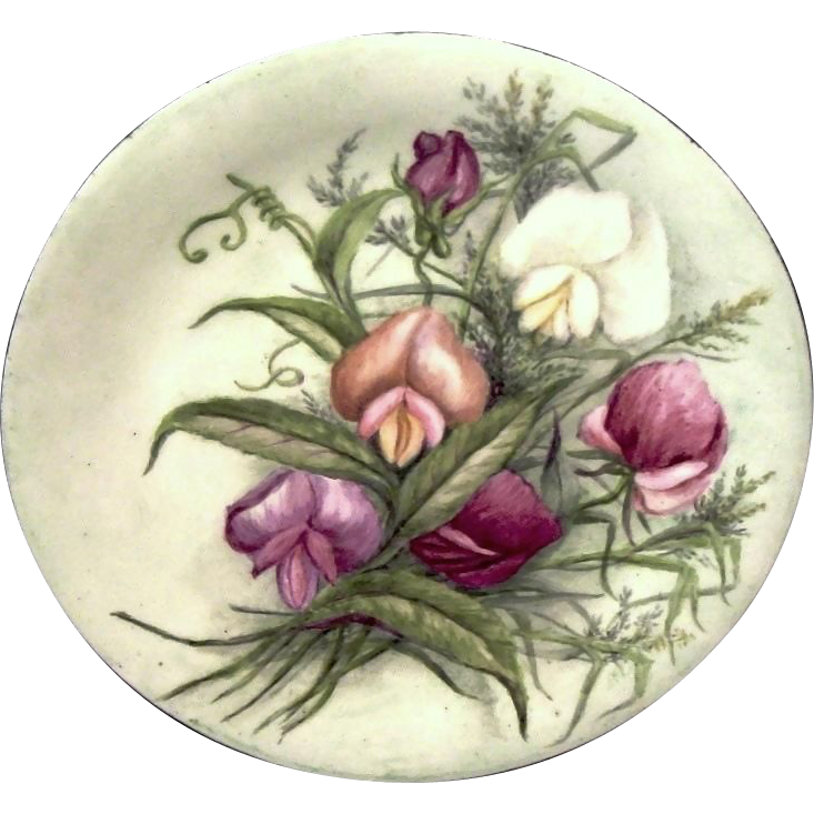 50% OFF! Limoges Porcelain Plate  ~ Hand Painted with highly detailed Sweet Peas of Pink, Purple and White ~ Charles MARTIN [MARTIN PORCELAINS] (Limoges, France) - ca 1890s - 1935