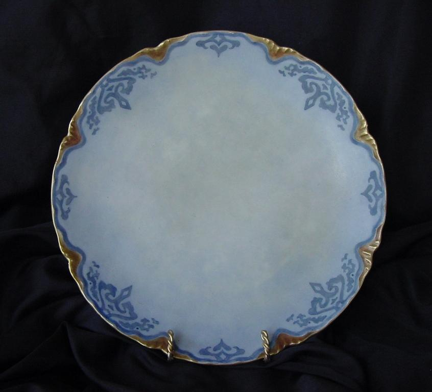 50% OFF!  Attractive Austrian Porcelain Cabinet Plate ~ Hand Painted ~ Blue Matte Finish ~ Oscar and Edgar Gutherz OE&G Austria ca.1899-1913