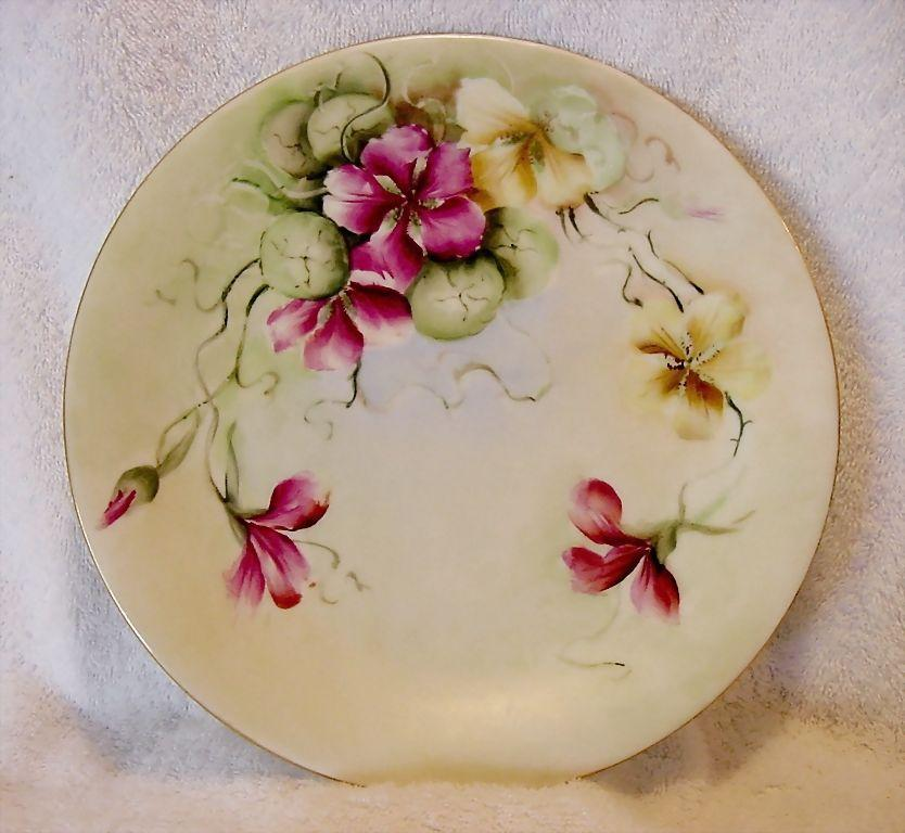 Beautiful Limoges Porcelain Cabinet Plate ~ Hand Painted with Gold and Fuchsia Nasturtiums ~ Delinieres & Co  ca.1894-1900