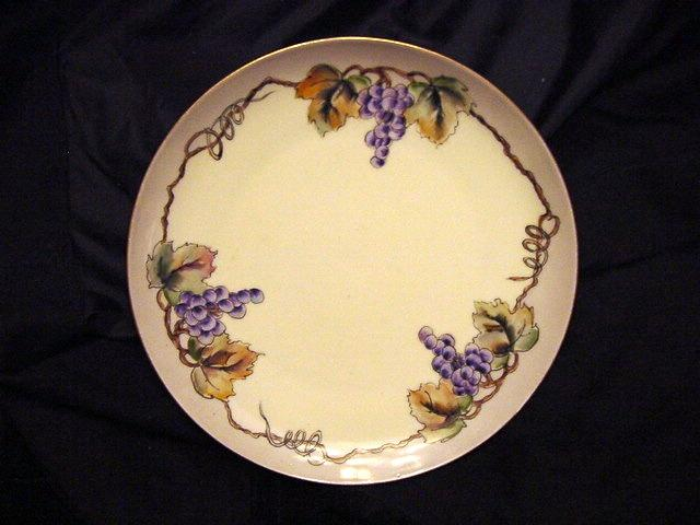 50% OFF! Decorative Porcelain Plate Hand Painted with Purple Grape Clusters – MZ Austria (Moritz Zolekauer) 1884-1909