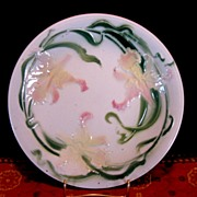 Delightful Majolica Cabinet Plate Decorated with Yellow Pink Daffodils