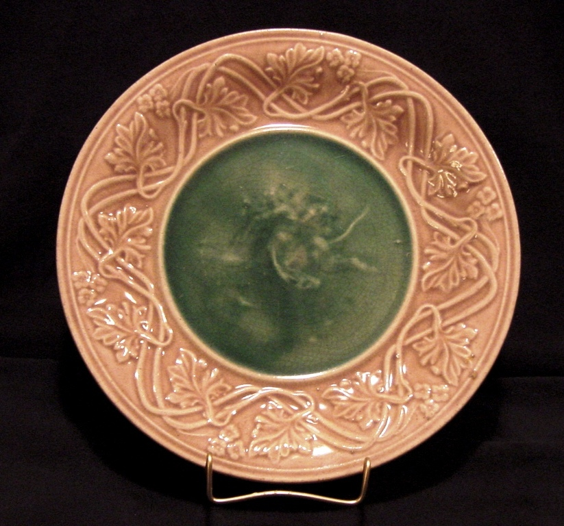 Very Nice Majolica Cabinet Plate Classical Series Decorated with Putti (Cherub) & Lion ~ Griffen, Smith, Hill ( Etruscan ) Prior to 1879