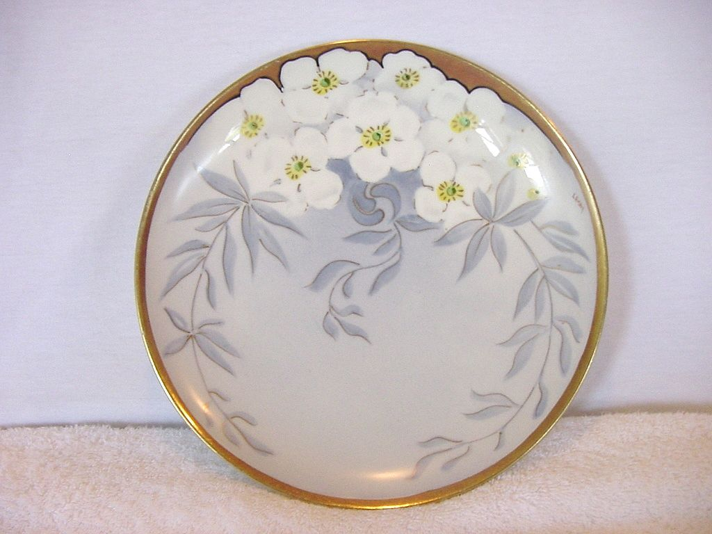 "Wonderful  Porcelain Cabinet Plate ~ Hand Painted with White Flowers ~ Signed By Limoges Artist ""Lamour"" ~ NMI Co  1891+"