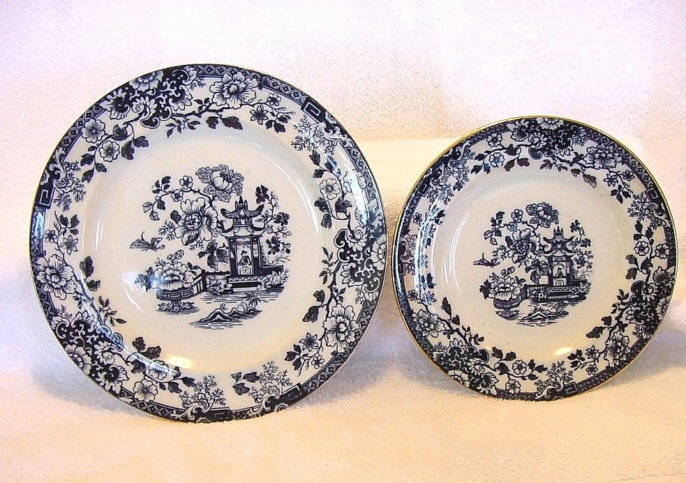 2 - Grand English Cobalt Blue Transferware Plates ~ Indiana Pattern Asian Design ~ G T Mountford 1888-1898