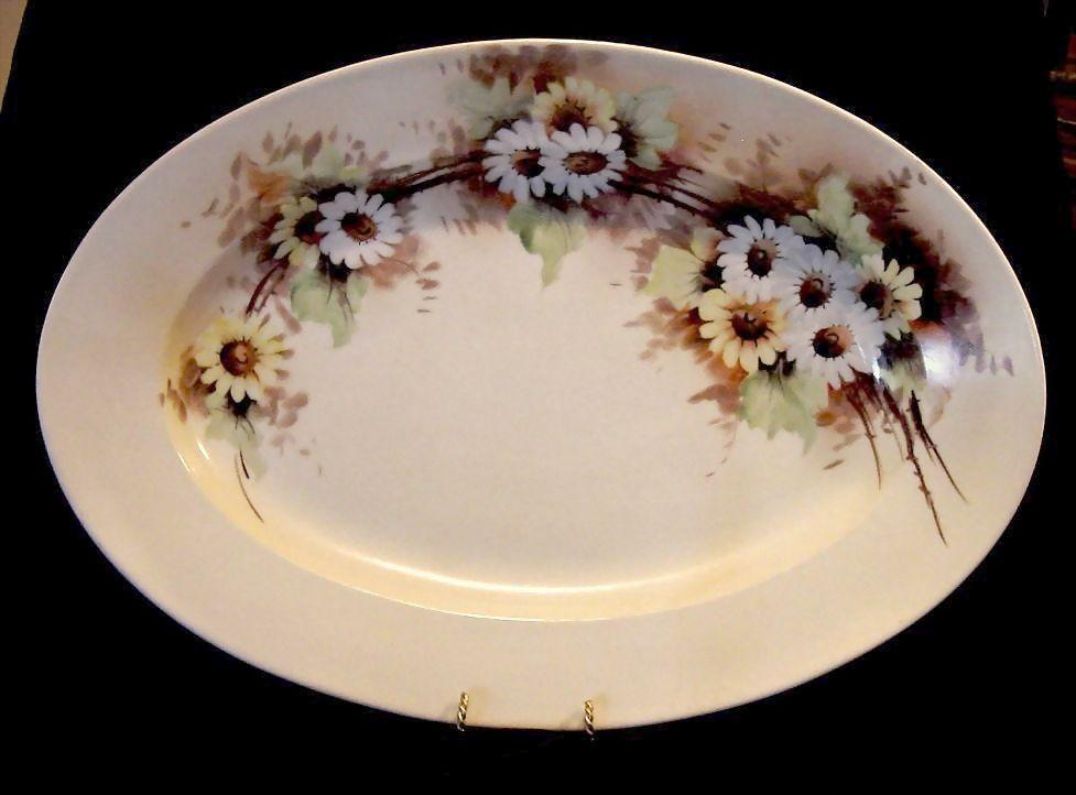 50% OFF!  Enormous 20'' Limoges Porcelain Center Piece Platter ~ Hand Painted with White and Yellow Daisy Flowers ~ Artist Signed ~ Haviland Co 1876-1899