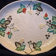 Fantastic American Avalon Faience Majolica  Platter ~ Leaves, Blackberries and Flowers ~ Chesapeake Pottery ~ David Haynes & Co Baltimore MA 1882-1890