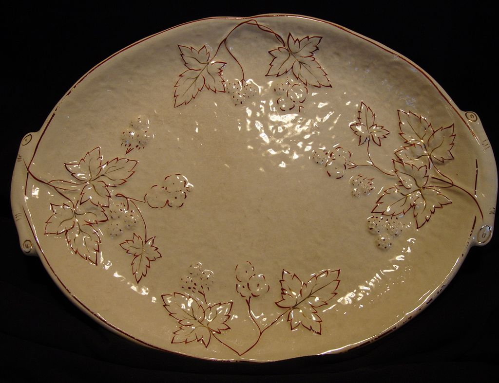 Awesome American Avalon Faience Majolica Platter ~ Leaves, Berries and Flowers ~ Balt Avalon ~Chesapeake Pottery ~ David Haynes & Co Baltimore MA 1882-1890