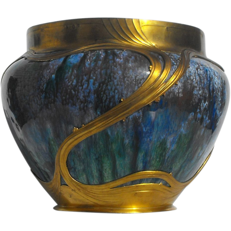Circa 1900 Orivit Art Nouveau Iridescent Glass Vase in Gilt Metal Mount