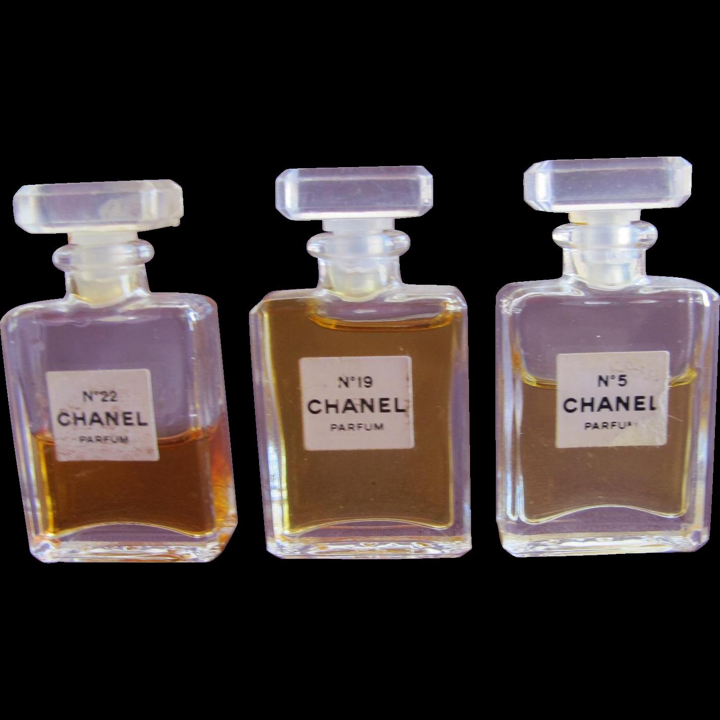Chanel Perfume Bottles No 5 No 19 and No 22 Mini Perfume ...