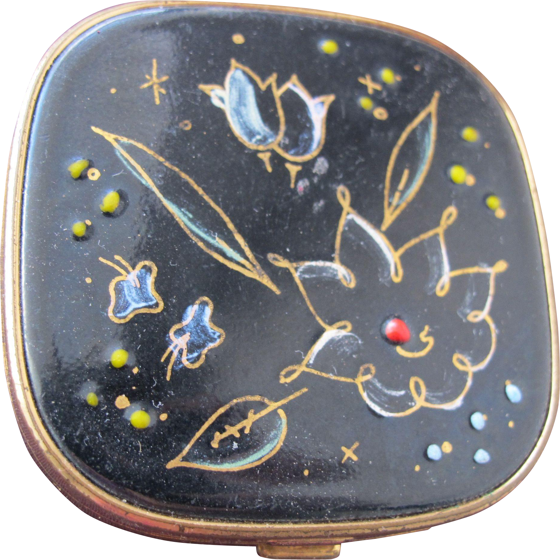 Enamel Compact with Flowers 1943 with Note