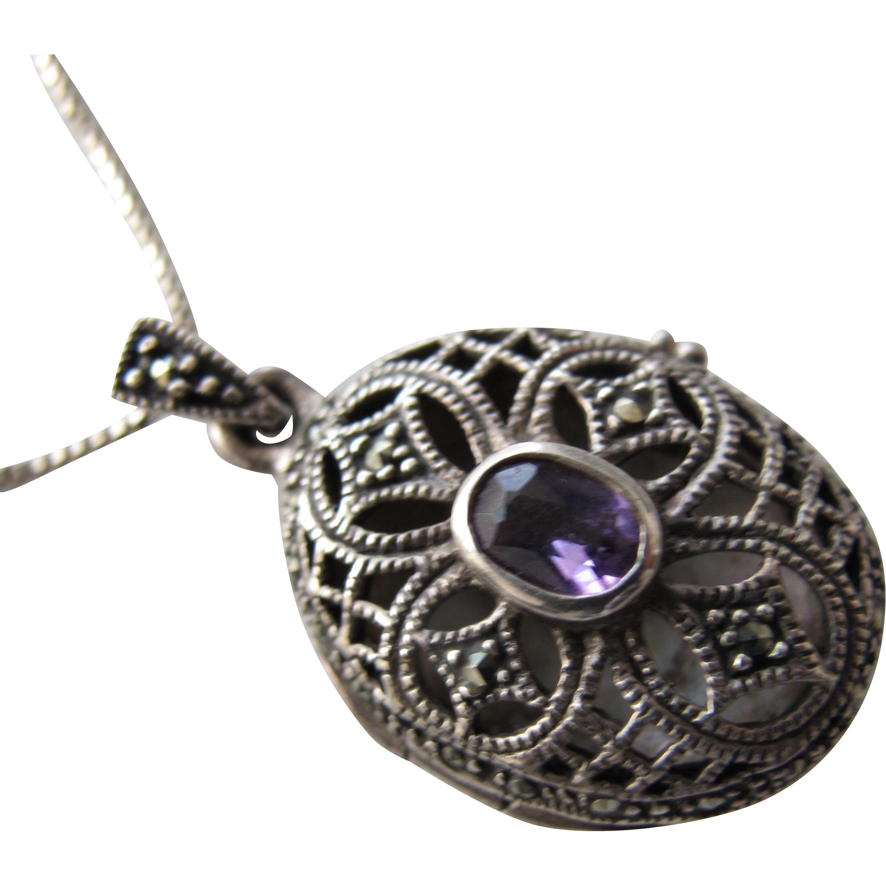 Locket Vinaigrette in Sterling Silver Pendant with Amethyst Stone