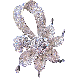 Rhinestone Brooch Pin with Flower Shape Sparkles Pave Style on Silver Metal