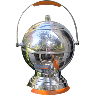 Art Deco Coffee Pot Urn Percolator in Chrome with Bakelite Trim