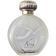 Nina Ricci Perfume Bottle Frosted Glass