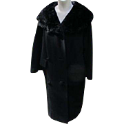 Coat Beaver Fur Collar Vintage 1940's Large Buttons Quality Warm