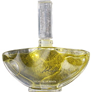 Oscar de La Renta Perfume Bottle All Glass Ruffles 1983 Factice