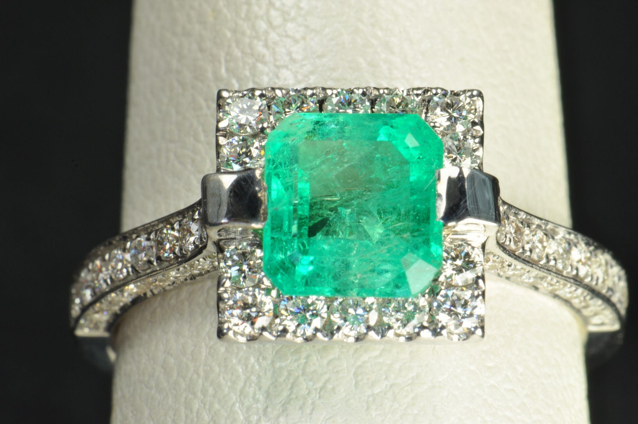 Carat emerald and diamond ring from timelessantiques for 26 carat diamond ring