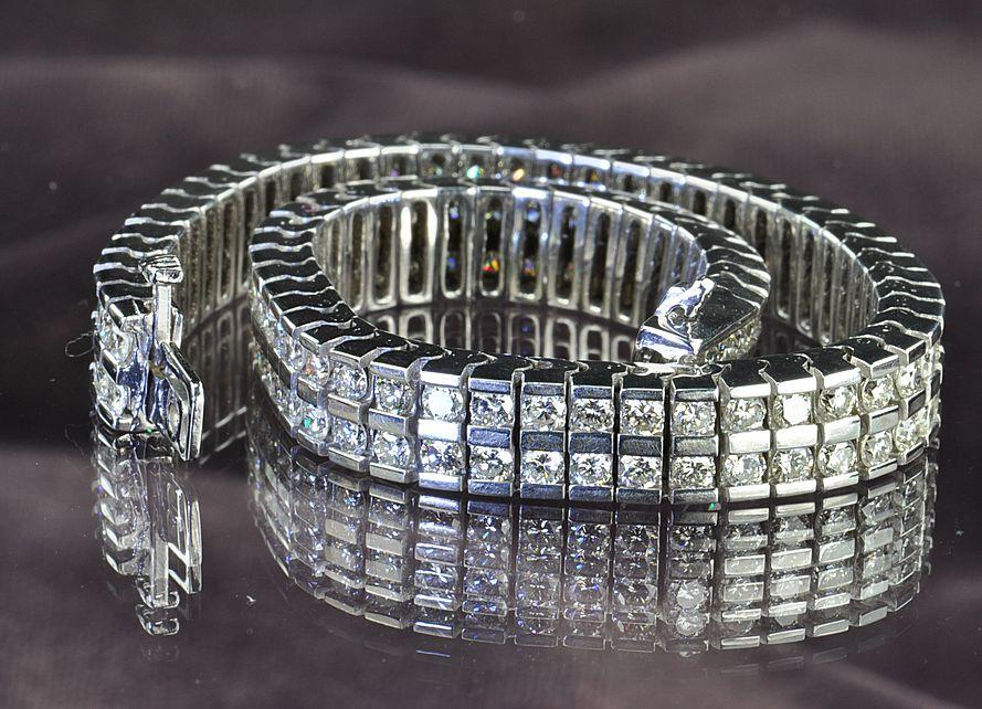 7.13 Carat Diamond Bracelet