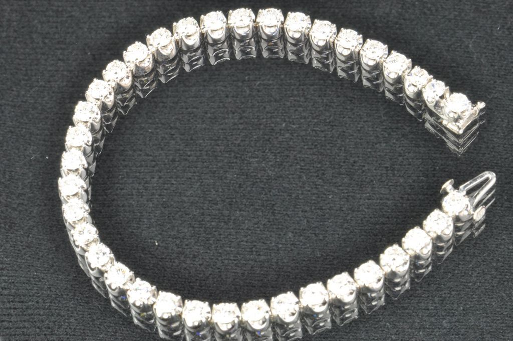 6.02 Carat Diamond Tennis Bracelet