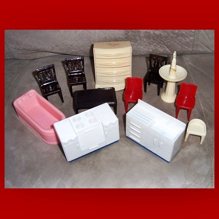 Twelve 1950's Plasco Toy Doll House Furniture