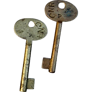 TW) Canadian National Railroad Large, Solid Brass Keys CNR