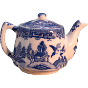 Vintage 1930s Blue Willow Individual Tea Pot Made in Japan