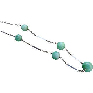 Art Deco 9ct White Gold Chrysoprase Jade Bead and Bar Necklace