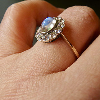 Antique 9CT Gold Moonstone Halo Ring