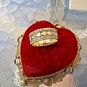 ESPO 10k Gold Filled Hearts Wedding Band Cigar Band Ring Eternity Band