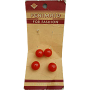 Round Red Bakelite Buttons 4 Mint on Original Card