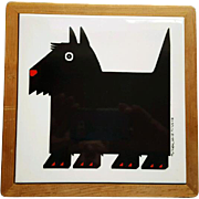 Vintage Scottish Terrier Tile Trivet  in Wood Frame 1984