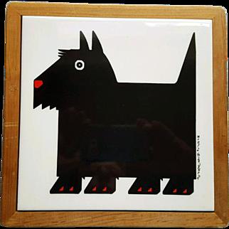 Vintage Scottish Terrier Tile Trivet  in Wood Frame 1984