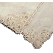 Pair of Linen Napkins with Amazing Battenburg Lace Mint