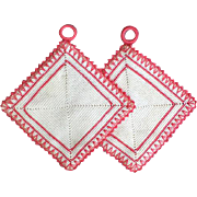 1960s Pan Holders /  Hot Pads White and Pink / Coral Mint Condition