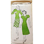 1940s Super Swing Dress Sewing Pattern Uncut Versatile Top Bust 32 Size Small