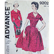Sewing Pattern Vintage Dress Wiggle or Bombshell Cape Collar  Bust 32 Late 1950s - Early 1960s