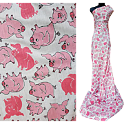 Vintage Cotton Sewing Fabric Silly Pink Pigs 6 Yards