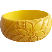 Wide Carved Bakelite Bangle Bracelet Golden Yellow